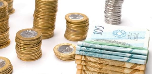 Com crise econômica trabalho informal aumenta e renda diminui
